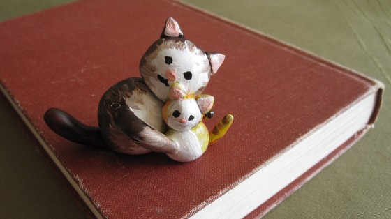 Small Kitty Sculptures for sale for Mother's Day!